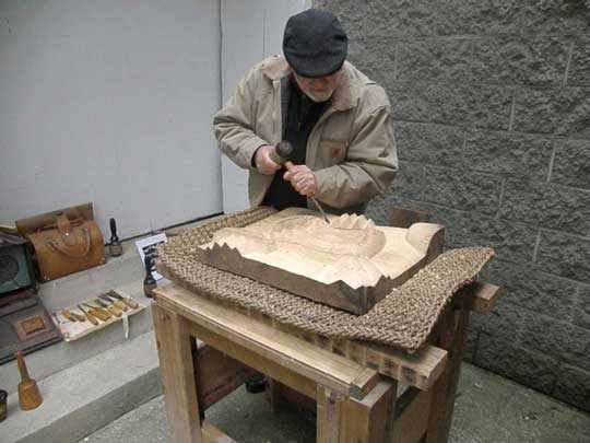 Dave Porter demonstrating wood carving