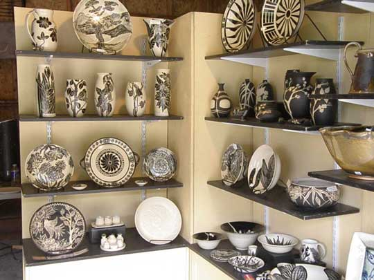 The Independent Potters' Association displayed many fine pieces at the Art Park