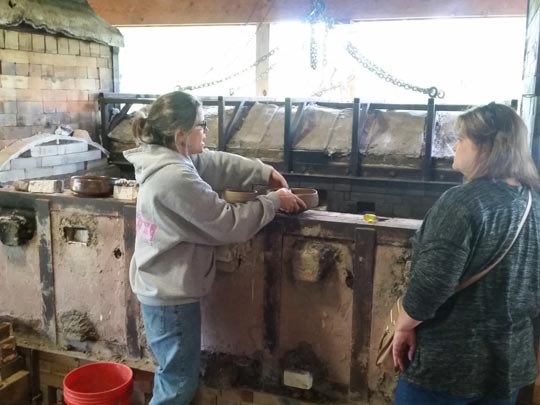 Liz Lurie discussing use of her wood kiln